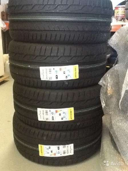 Новые немецкие Dunlop 215 45ZR17 SportMaxx RT