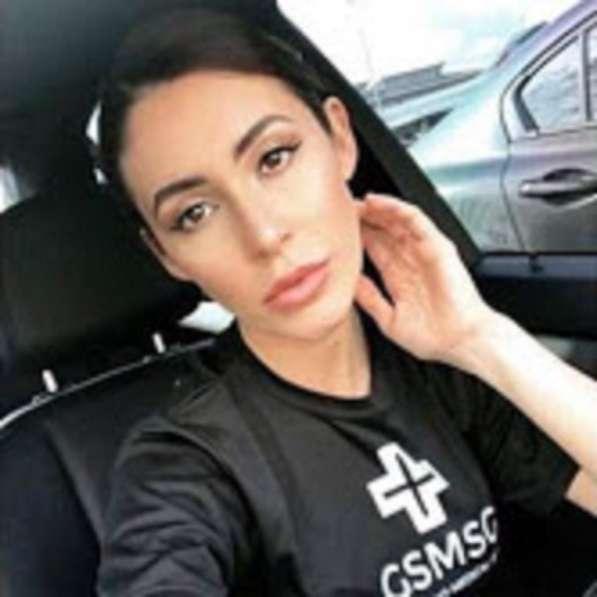 Lisa Dennis, 33 года, хочет пообщаться – I need a man in my life