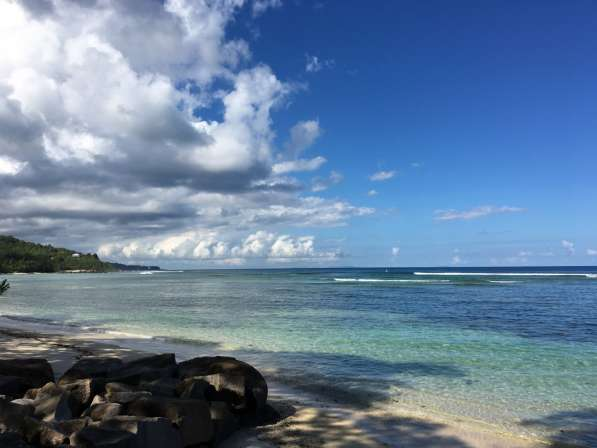 Сейшелы, остров Маэ продаю два дома, собственный пляж Anse M