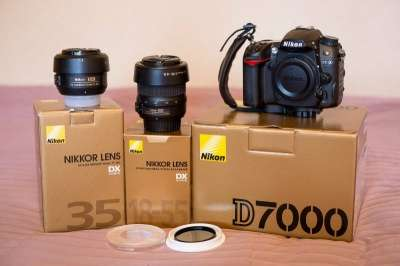 зеркальный фотоаппарат Nikon D7000+18-55+полярик