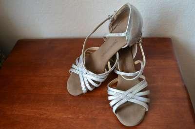 кожаные танцевальные туфли, фабричный Китай.