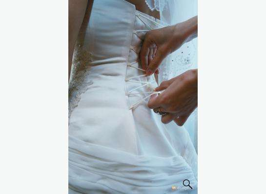 Свадебное платье (шнуровка) размер 44 в Новосибирске фото 3