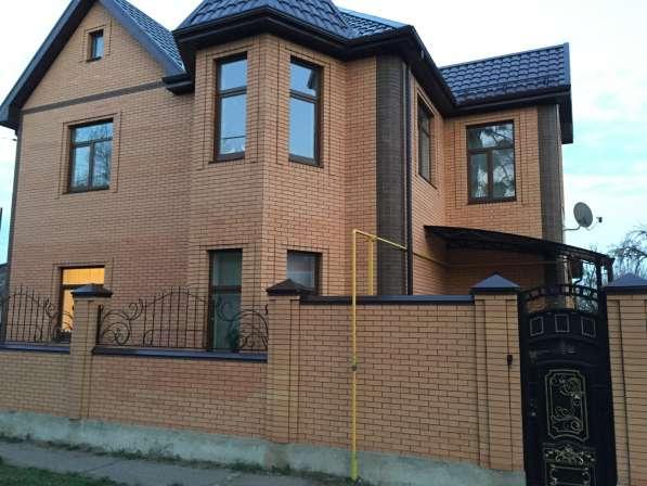 Продаю двухэтажный дом в Октябрьском районе