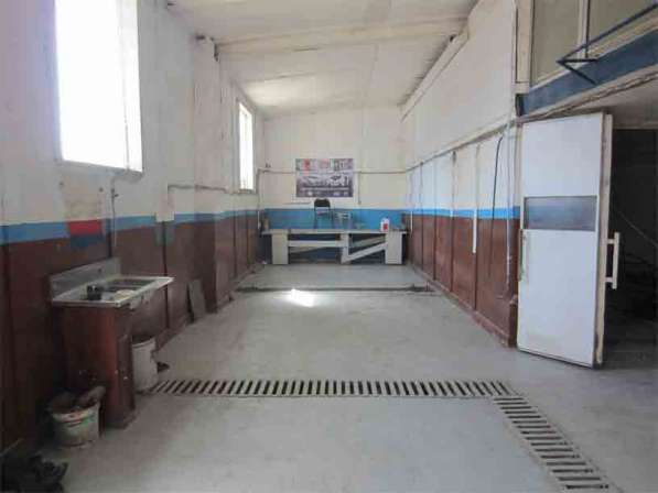 Продам гаражный бокс 185 м2