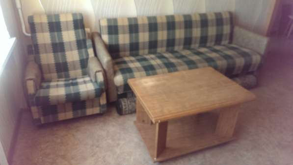 Мягкая мебель для дачи. Б/у
