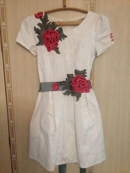 Новое платье, размер S