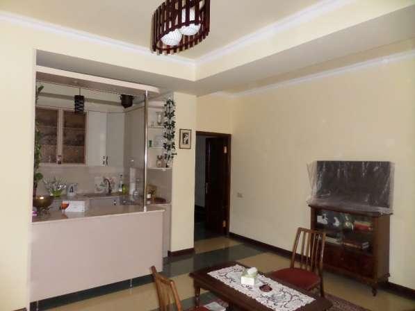 Уютная светлая квартира В Ереване;Новостройка,2 комнатная в фото 11