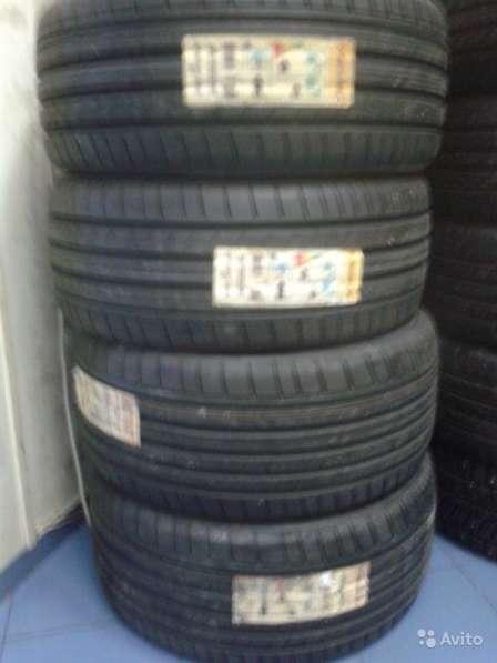 Новый комплект 235 50 18 ранфлэт данлоп GT