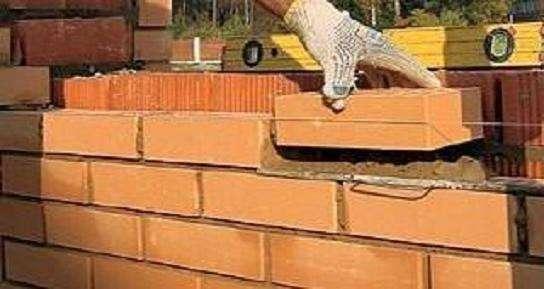 Кладка газосиликатных блоков, кирпича