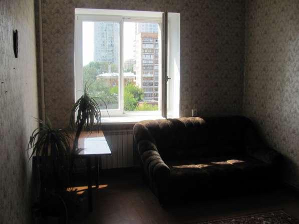 Сдаю 2-Х комнатную квартиру в центре в Екатеринбурге