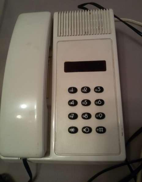 Телефон проводной кнопочный Телур