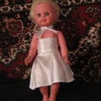 Кукла в белом платье, в г.Кривой Рог