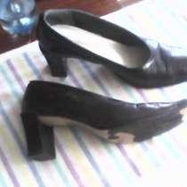 Туфли женские кожаные 41 размер на каблуке, в г.Донецк