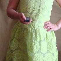 Продам кружевное платье, в Томске