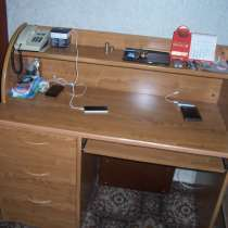 Стол письменный с бюро (Франция), в Москве