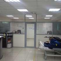 Стеклянные перегородки офисные, мобильная перегородка, в Екатеринбурге