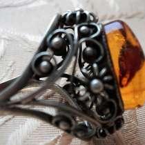 Перстень с янтарём в мельхиоре СССР, в Брянске