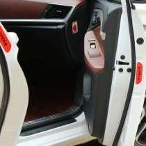 Автомобильные наклейки на двери, светооражающий знак, в г.Мариуполь