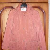 Демасизонное пальто, в Москве