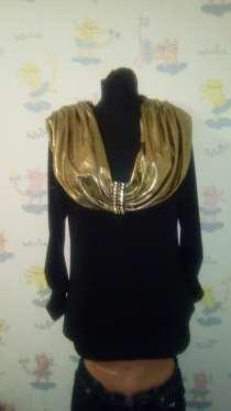 Блуза черная с золотым воротом., в Санкт-Петербурге