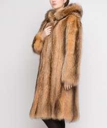 Шуба из канадского енота с капюшоном. размер 46-50. Новая, в Москве