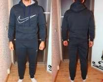 Продам новый спортивный костюм на флисе, размер 52, в Омске