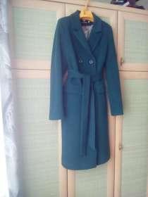 Продаю пальто 46 размер, в Москве