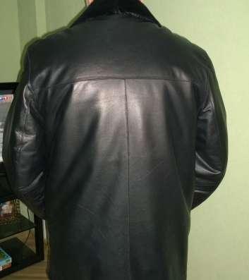 Куртка черная кожаная, 56 р-р, 5 рост