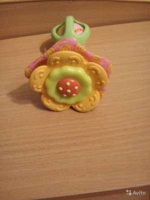 Игрушка-погремушка Tiny Love Цветочек