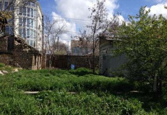Участок 5,45 сот + 2,5 сот придомовая территория с домом под снос на ул. Матюшенко в г. Севастополь Фото 2