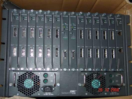 Гигабитный модульный L3 коммутатор SMC 9712G