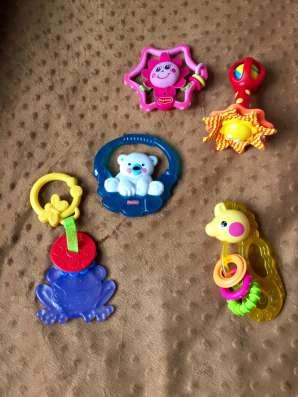 Игрушки, прорезыватели fisher-price, tiny love в Москве Фото 3