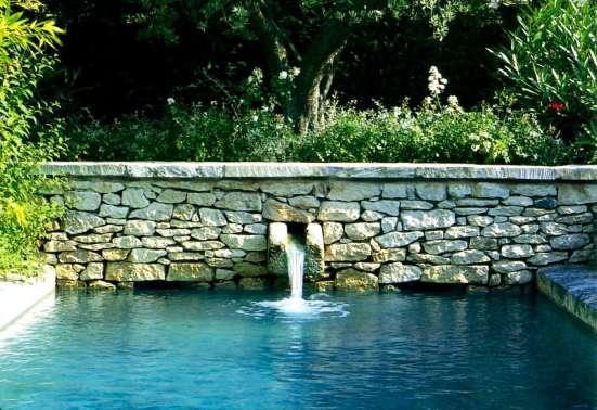 Водоемы, ручьи и водопады на вашем участке