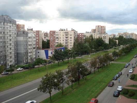 Отличная квартира на Маршала Захарова 62 к 1 !