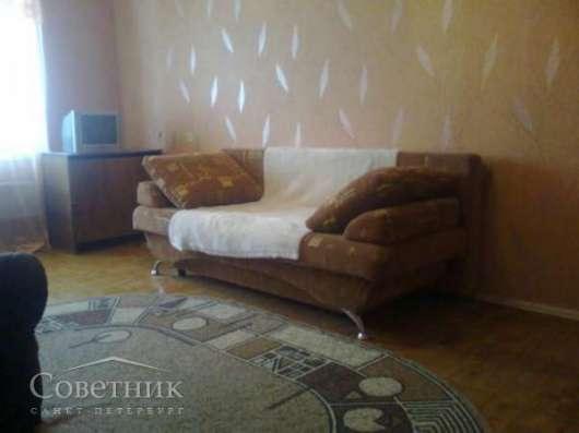 Сдаётся комната, Московский р-н, Московский проспект, 208