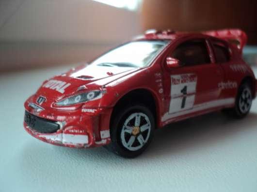 Масштабная модель автомобиля Пежо