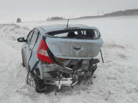 Продажа авто, Hyundai, Solaris, Автомат с пробегом 32000 км, в Омске Фото 3