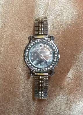 Часы женские AVON