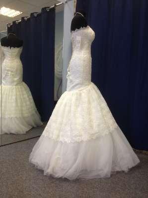 Дизайнерское свадебное платье+длинная фата