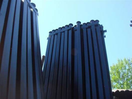 Столбы металлически