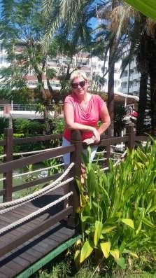 Элина, 46 лет, хочет познакомиться