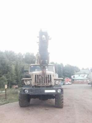 Автокран Челябинец на шасси Урал