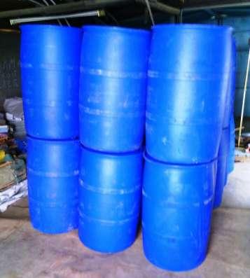 Бочки пластиковые бу 220 лт 2 горла и крышка резьба