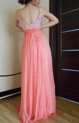 Вечернее, нарядное, праздничное,воздушное, коралловое платье