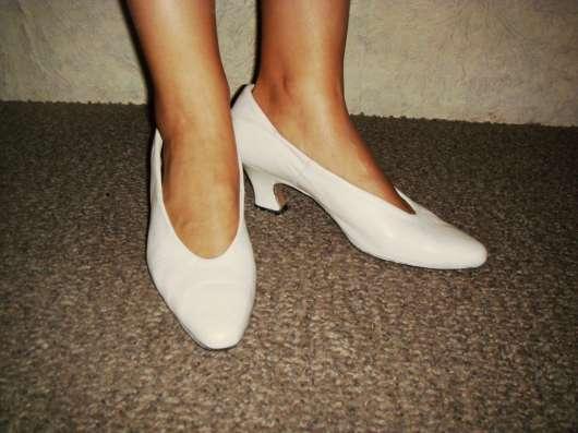 Туфли кожаные белые в Омске Фото 1