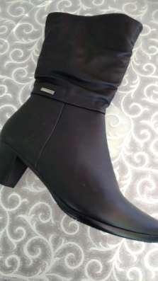 Сапоги 3/4 черные, каблук 4см, на полную ногу