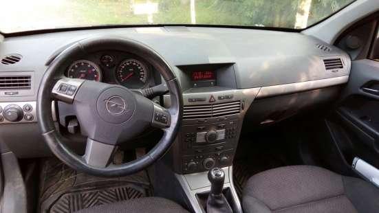 Продажа авто, Opel, Astra, Механика с пробегом 159000 км, в Великом Новгороде Фото 1