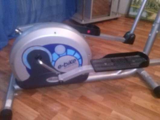 Продам тренажер орбитрек Life Gear E-Bike 92410