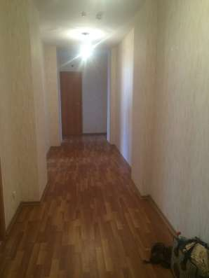 Продаю 3 к.кв 72 кв.м. в ЦМР,ул.Калинина д.350.Цена 3900 т.р