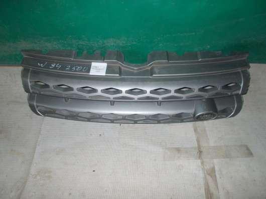 Решетка радиатора на Land Rover Evoque